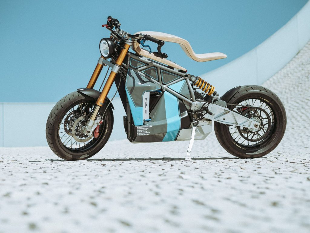 """Résultat de recherche d'images pour """"essence motocycle"""""""